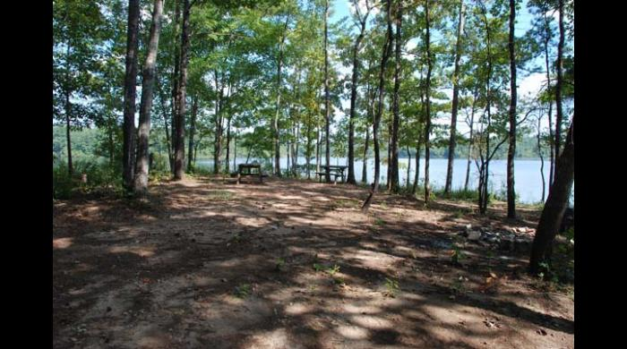 Picnic Area at Yates Lake