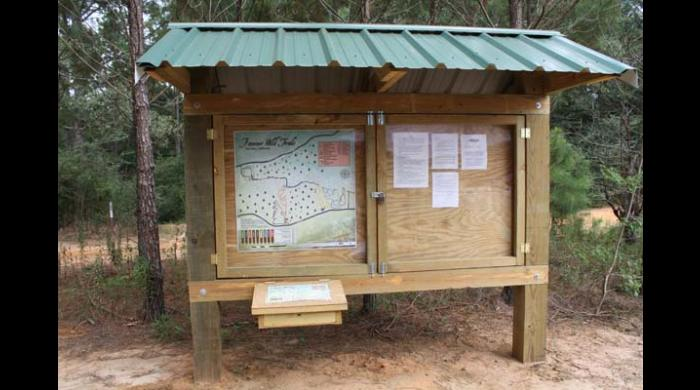 Kiosk at West Trailhead